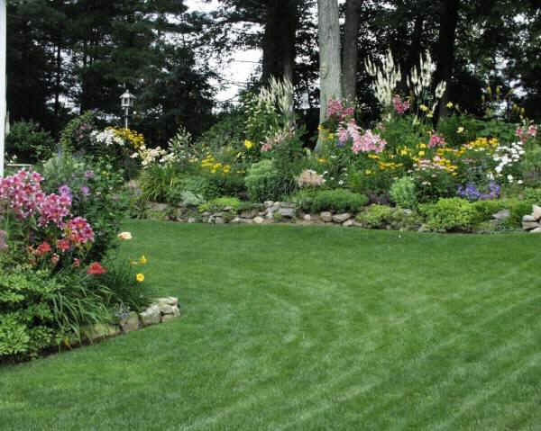 Large garden for Landscaping large gardens